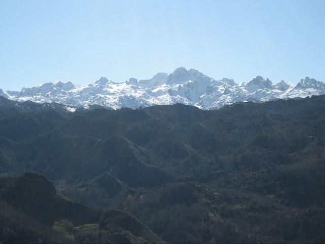 Rutas Montaña Asturias: Vistas del macizo del Cornión