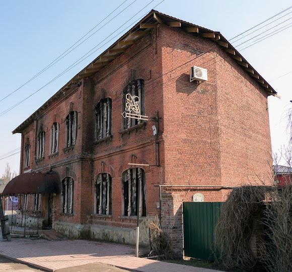 Славянск. Бывшая мужская гимназия. 1910 г.