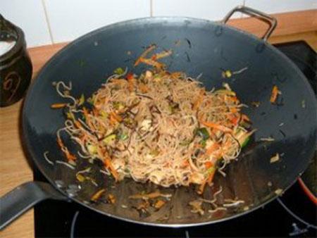 Receta para Diabeticos de Fideos de Arroz con Verduras y Salsa de Soja  Recetas de Comida Peruana