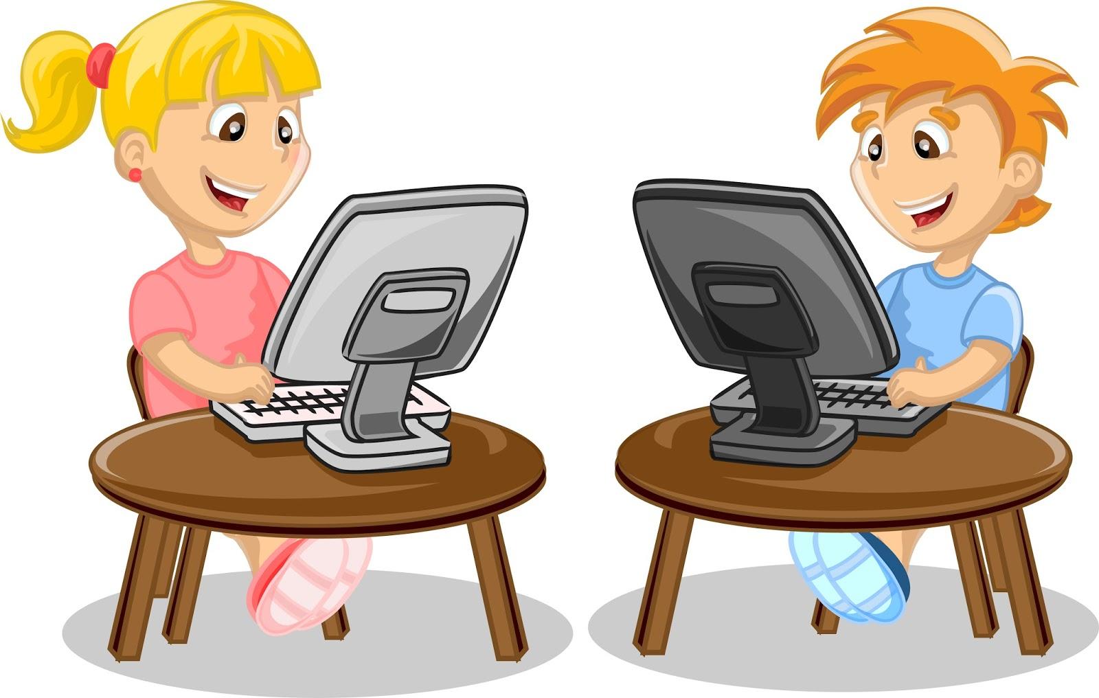 Картинка мальчик играет за компьютером