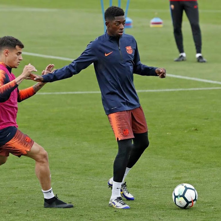 313983b1f0 ... that s Coutinho wearing blackout Nike Phantom VSN boots on the left. We  might see Dembélé debut the R9 Mercurials in tonight s La Liga game at  Celta.