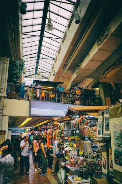 クアラルンプールのセントラルマーケットでは雑多なマーケットの雰囲気が楽しめる