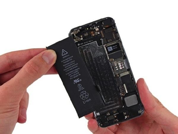 Thay pin iPhone 6s chính hãng