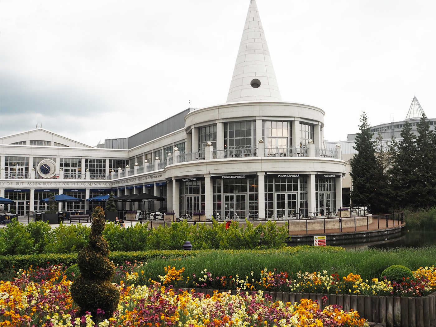 Bluewater shopping and retail park
