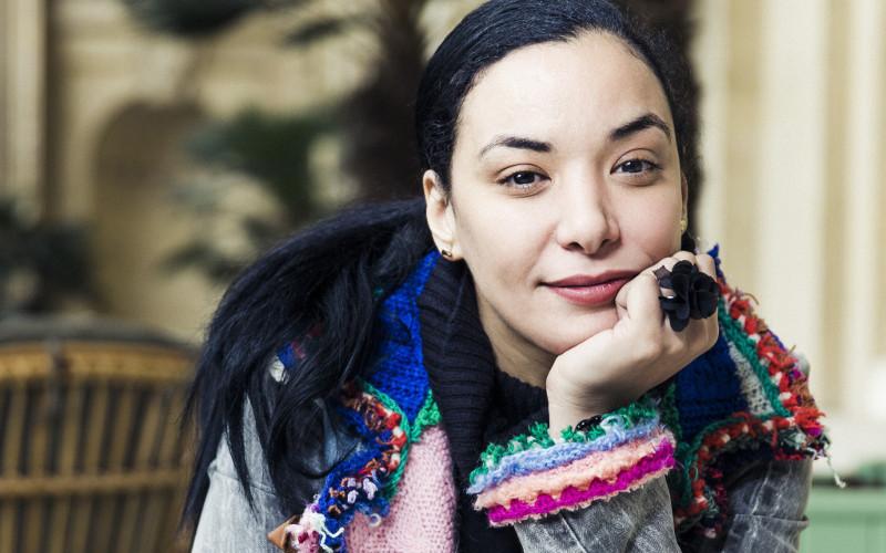 Loubna Abidar s'en prend encore au Maroc et à son père.