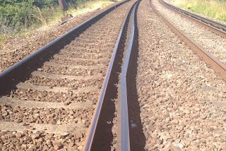 rail-track-broken-in-cold
