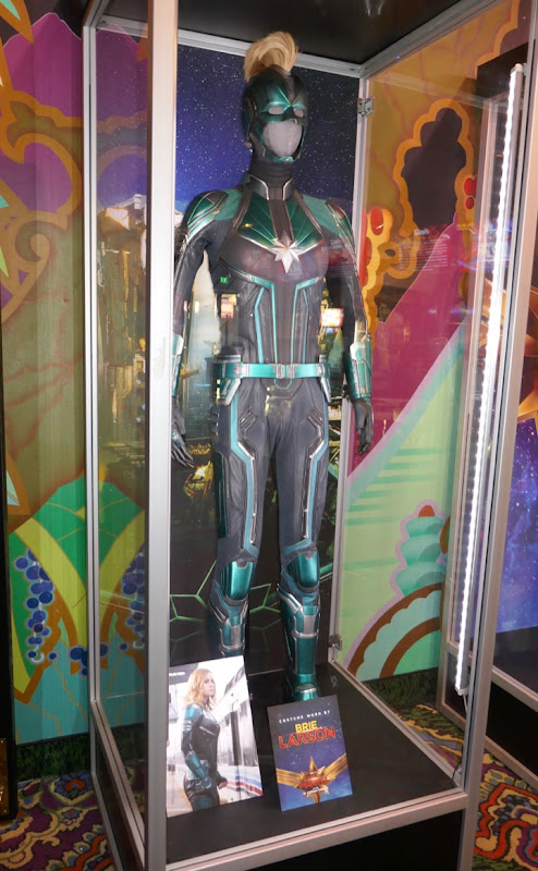 Captain Marvel Vers Kree Starforce costume