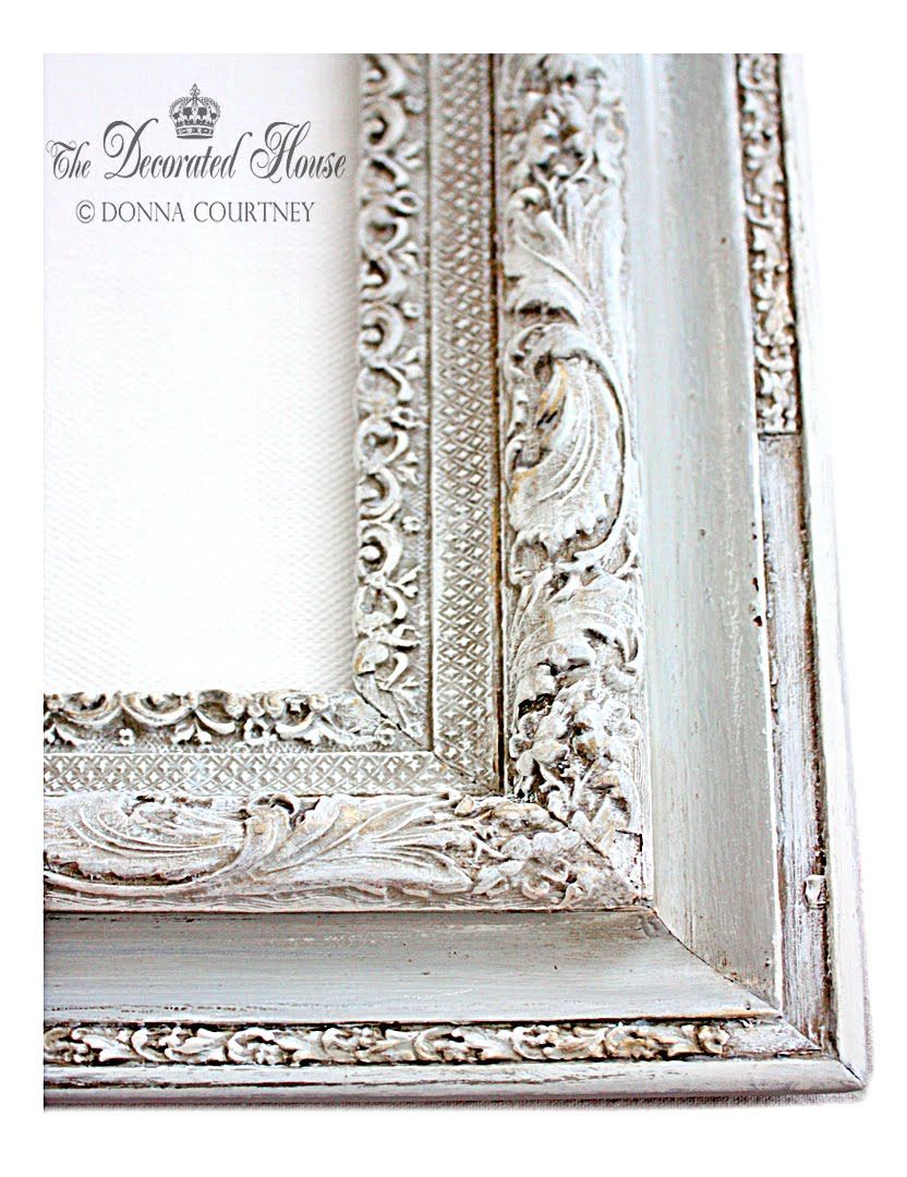 The Decorated House :: DIY - Tutorial - Chalk Paint, Glaze and Wet Distressing