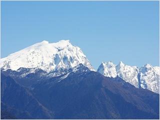 ภูเขาหิมะสือข่า (Shika Snow Mountain) - หุบเขาพระจันทร์สีน้ำเงิน (Blue Moon Valley)