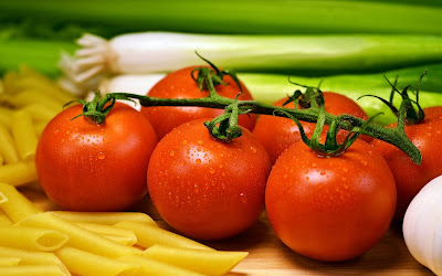 fresh tomatoes widescreen hd wallpaper