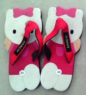 Gambar Sandal Lucu Karakter Hello Kitty