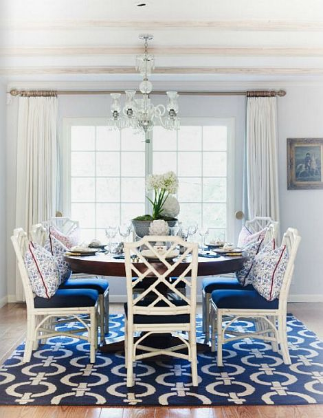 beautiful blue and white dining room