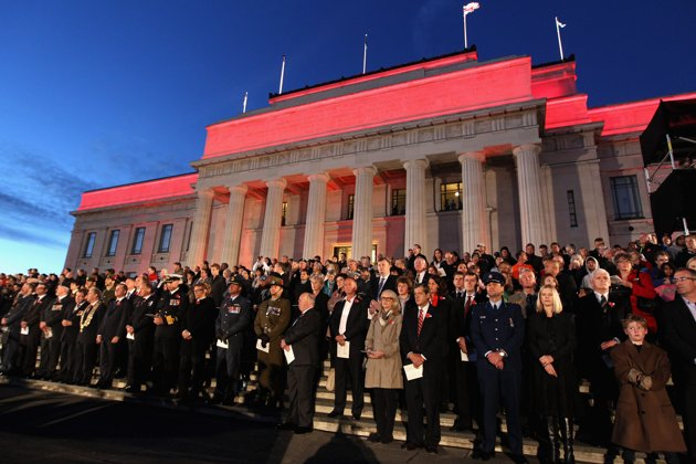 new zealand honors its soldiers at war memorial
