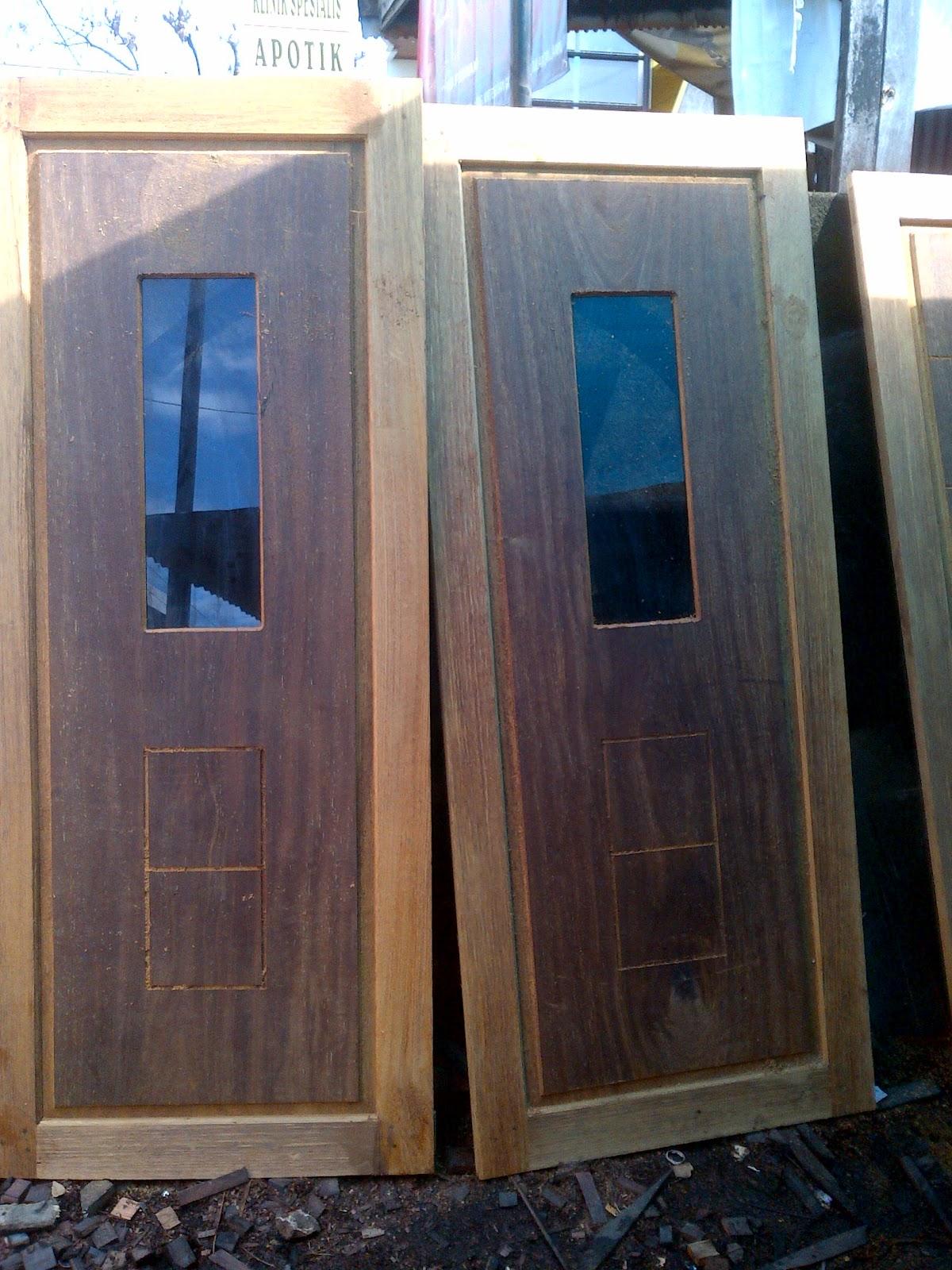 Model Pintu Minimalis Buka Dua Model Rumah Terbaru ...