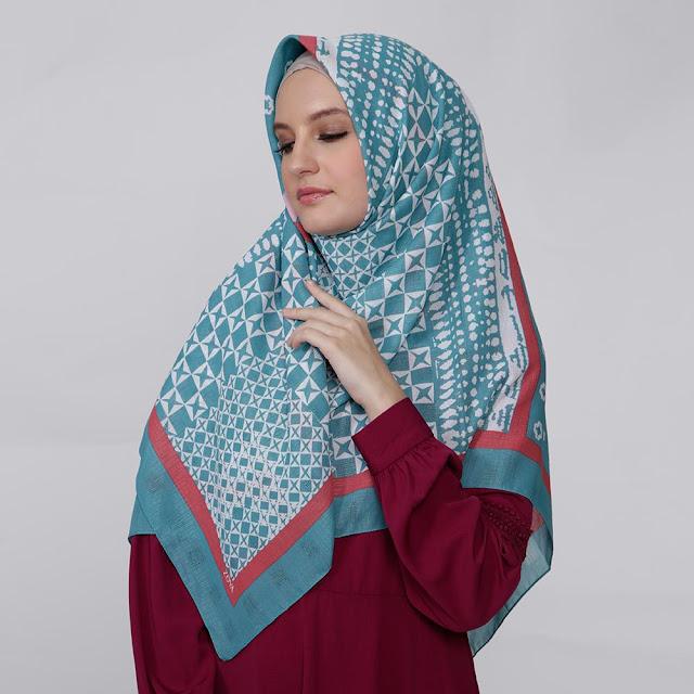 Beberapa Kelebihan Memakai Jilbab Zoya