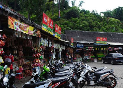 akcayatour, coban rondo, Travel Malang Juanda, Travel Juanda Malang, wisata malang