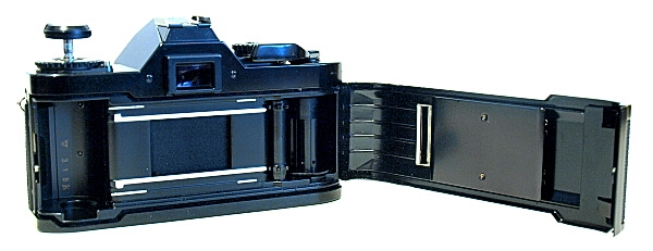 Canon AV-1, Film box