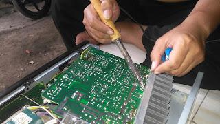 Service amplifier masjid merek toa
