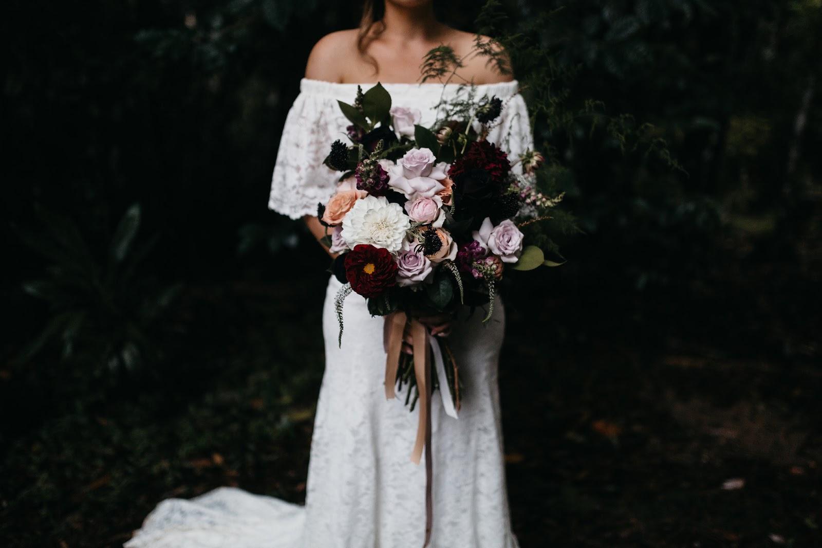 TEN TOP WEDDING FLORAL DESIGNERS | BOHEMIAN BLOOMS