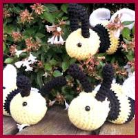Mini abeja amigurumi