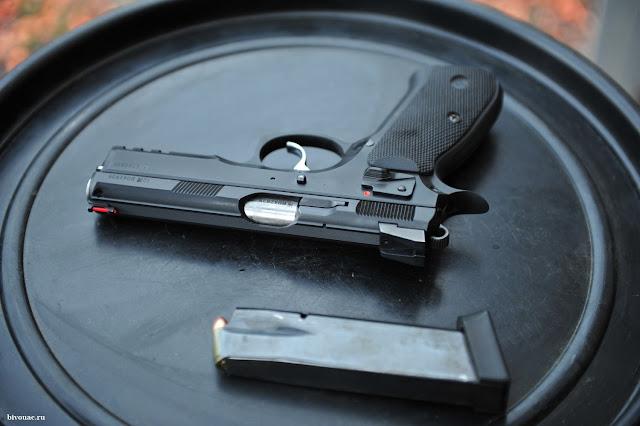 Оружие, Пистолет CZ-75, Пистолет Glock-17, Практическая стрельба из пистолета, ССК Дубрава,