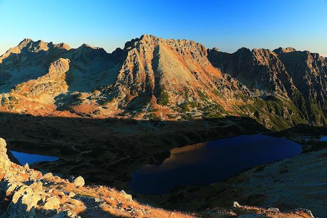 Dolina Pięciu Stawów jesienią - szlak na Miedziane