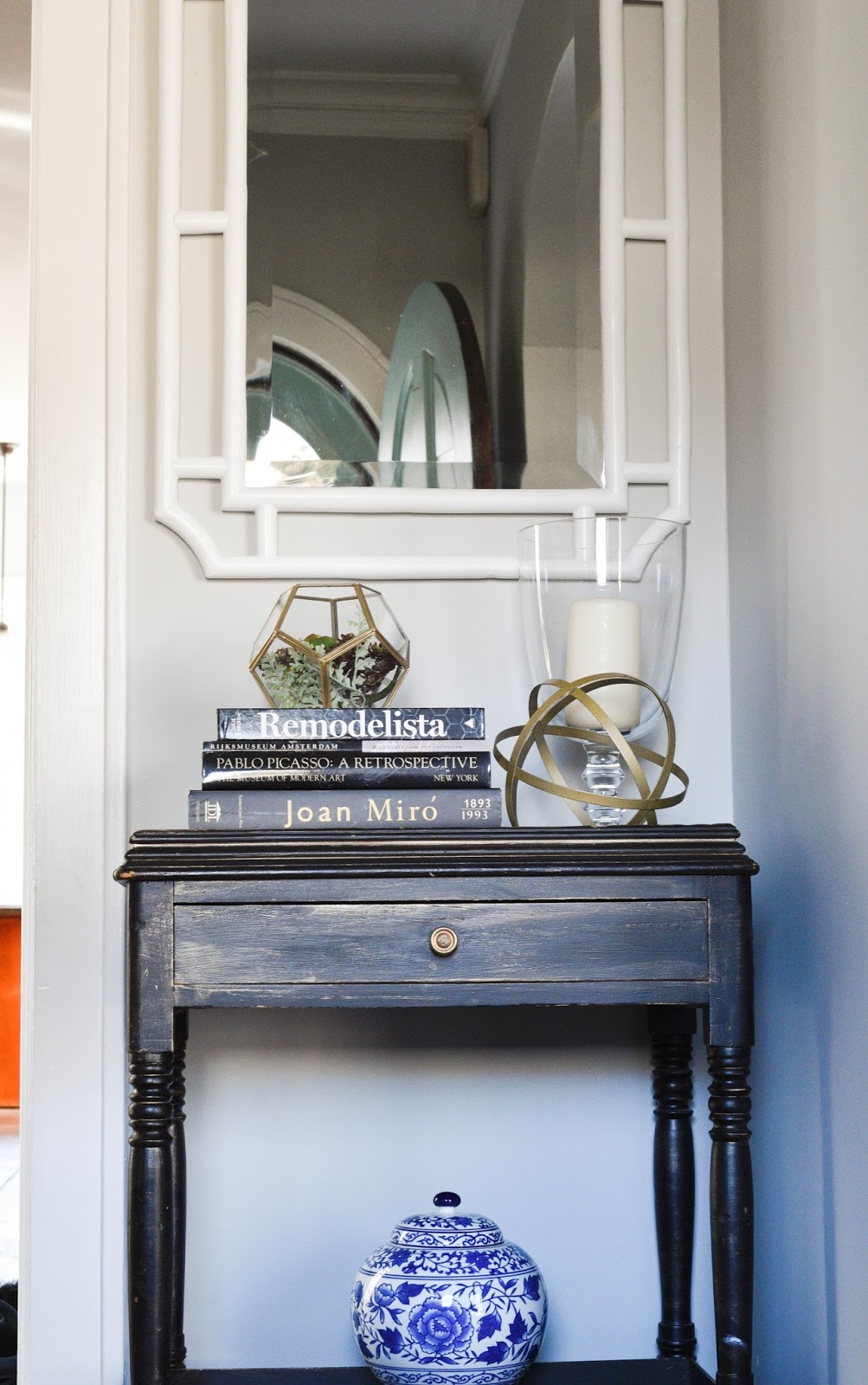 How To Style A Foyer Table And Using A White Mirror In Foyer  Www.homewithkeki