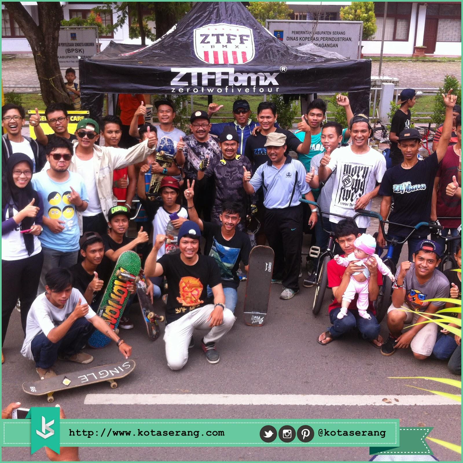 Walikota Serang Foto Bareng dengan Komunitas BMX, Komunitas Skateboard dan Komunitas Akustik