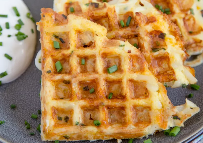 Egg & Cheese Hash Brown Waffles #healthyfood #dietketo