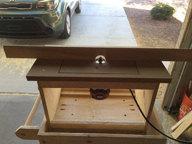 Timbos creations diy bench top router table all i had to do was trim it and insert the bolt with wing nut greentooth Choice Image
