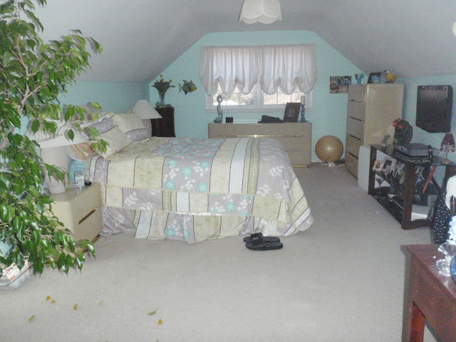 cape cod bedroom before