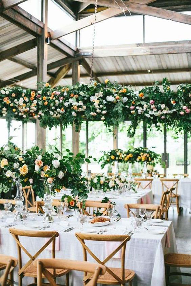 flores alturas cielo techo decoracion flower ceiling boda increible blog