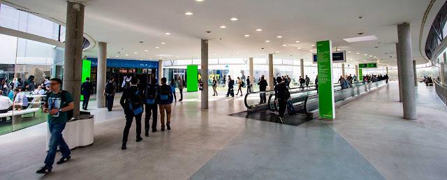 Pasillos del recinto vmworld 2016 Fira Barcelona Gran Via.