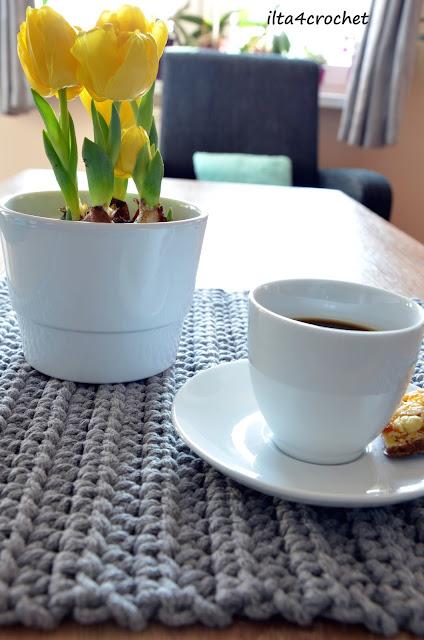 Podkładki (maty) na stół ze sznurka bawełnianego