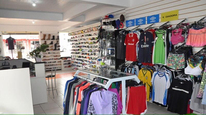 506dbf1cce Essa semana tem promoção na mais completa loja roupas e acessórios  esportivos da região. A Sport Mania oferece à você