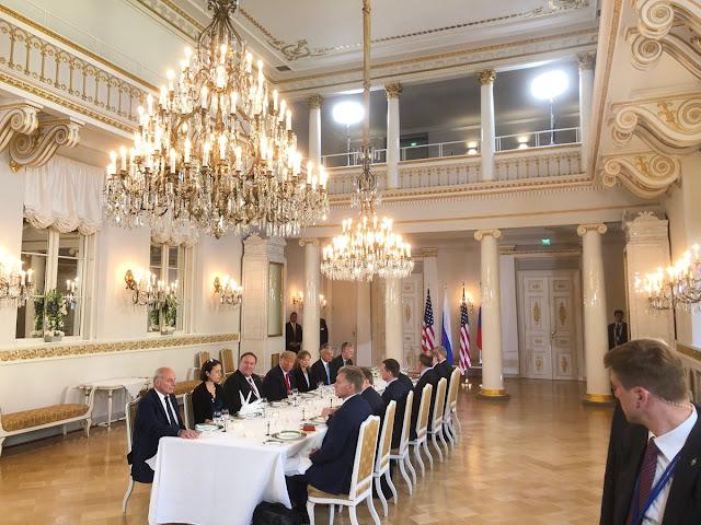 в Хельсинки за рабочим обедом - переговоры США и РФ