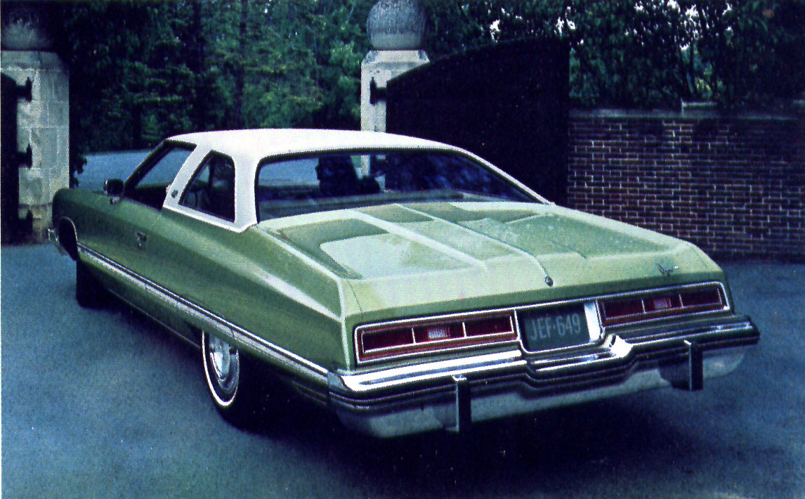the 1974 chevrolet caprice classic carried its own distinctive rear deck moulding triple taillights were long a chev hallmark the coupe listed for 4 933  [ 1146 x 710 Pixel ]