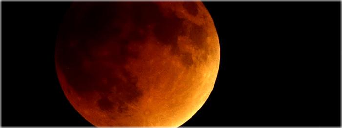 http://www.galeriadometeorito.com/2015/09/as-melhores-fotos-do-eclipse-lunar-de-27-de-setembro-de-2015.html