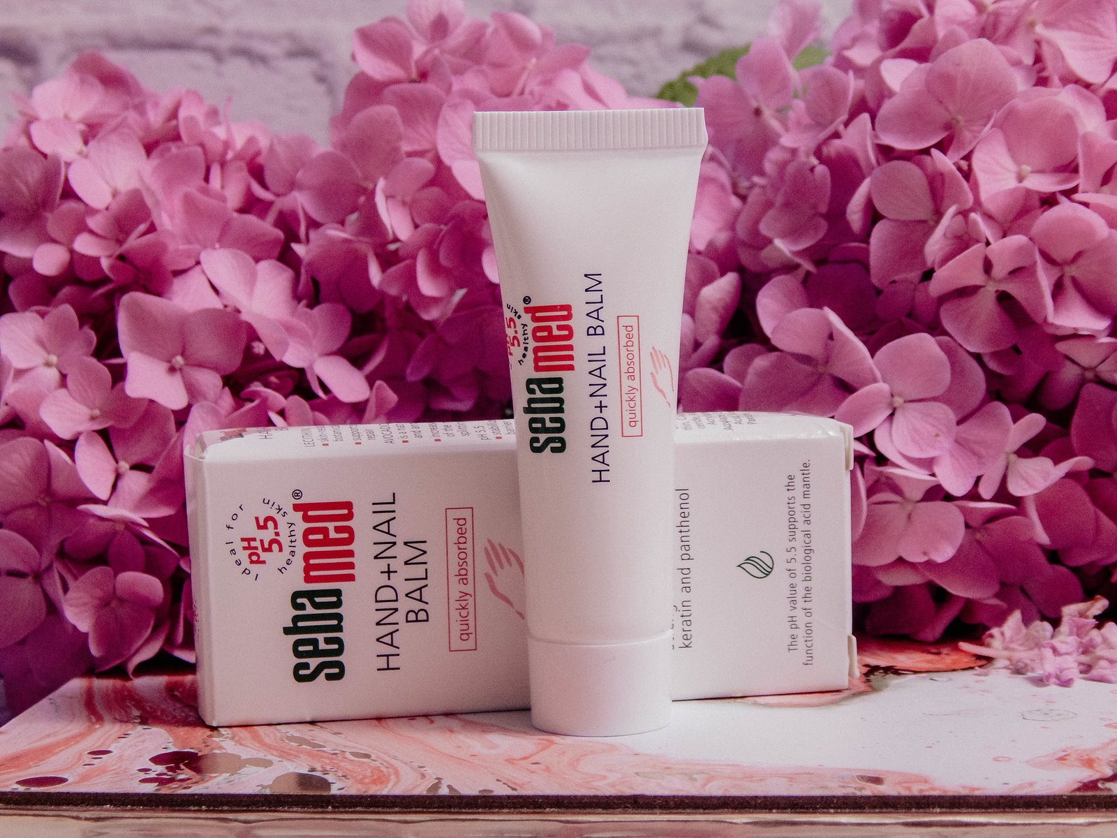 8 recenzja nowości kosmetyczne trico botanica szampon odzywka opinie recenzja pink marshmallow i love balmi recenzja nutka balsam do higieny intymnej okłady maska na oczy rozgrzewająca balsam strawberries and cream seba med