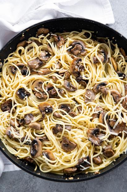Garlíc Butter Mushroom Pasta