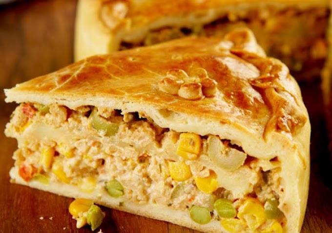 Torta de frango de liquidificador (fácil e rápida)