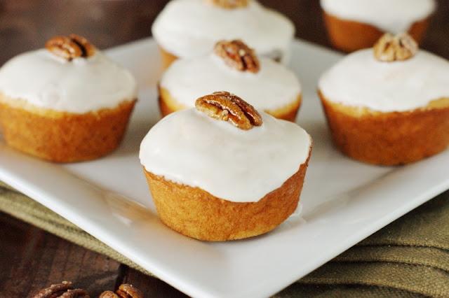 Bourbon-Glazed Sweet Potato Muffins #ad  www.thekitchenismyplayground.com