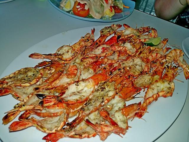 где вкусно и не дорого поесть морепродуктов на бали