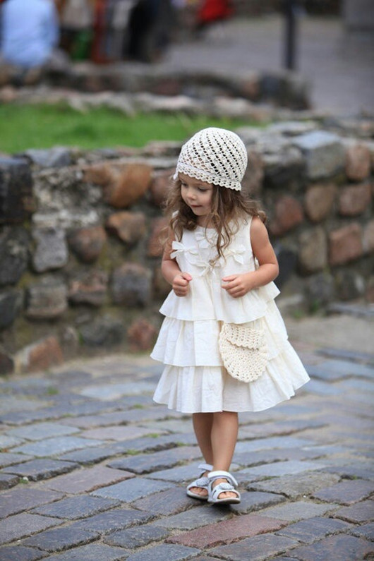 Wedding flower girl hat styles