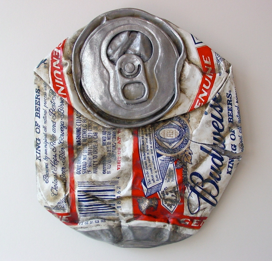 05-Budweiser-Can-Tom-Pfannerstill-Hyper-Realistic-Paintings-Sculptures-From-the-Street-www-designstack-co