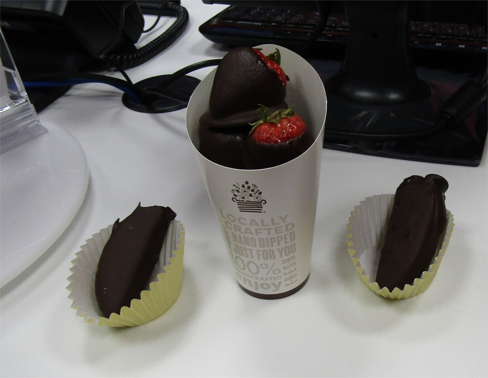 Bedford Mass - What's new in Retail: Edible Arrangements Now