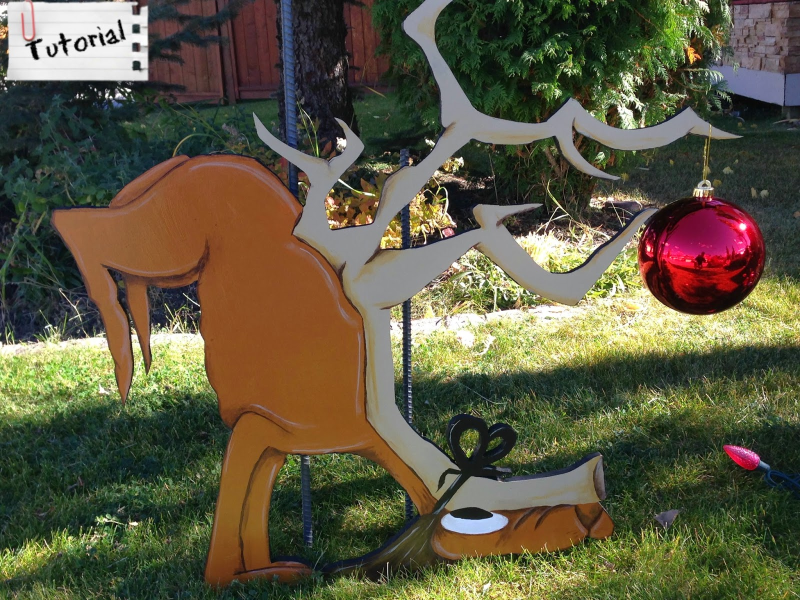 nicole wright designs - Grinch Stealing Christmas Lights
