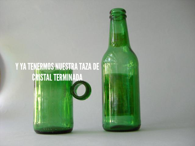 Con una botella de cristal | DIY