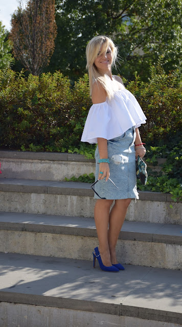 off the shoulder top how to wear off the shoulder top how to combine off the shoulder top september outfit summer blogger outfit mariafelicia magno fashion blogger italian fashion bloggers web influencer italy