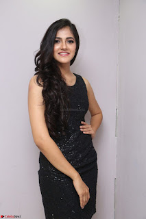 Simran Chowdary Model in Beautiful Black Dress at FBB Miss India 2017 finalists at Telangana auditions (6).JPG